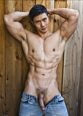 peter-fever-showing-off-his-hot-body