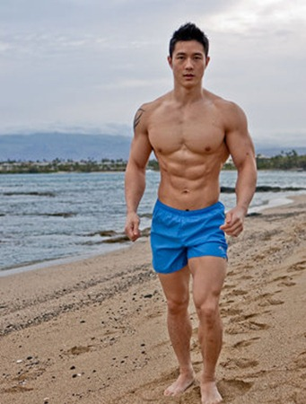 peter-running-on-the-beach
